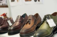 Узбекистан экспортировал более 23 млн пар обуви