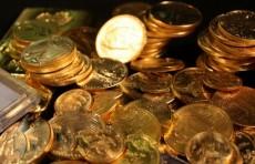 Банкам Узбекистана разрешили продавать золотые монеты иностранцам
