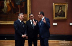 Президент Шавкат Мирзиёев посетил музей Лувр